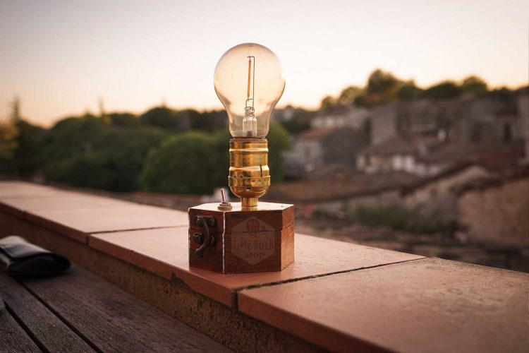 TimeBulb-cordless-wireless-table-lamp-cordless-battery-reading-light-books-garden-terrasse-balcony-outdoor-camping-picnic-tent-15 luxury destination wedding decoration party theme styling location event design trends 2020 2021